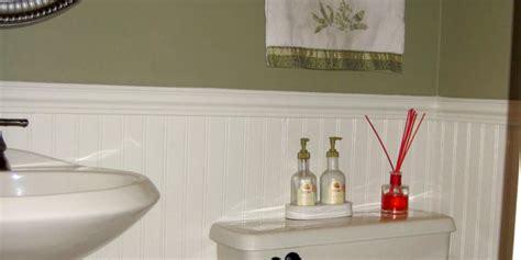 remodelaholic  paint job  small bathroom remodel