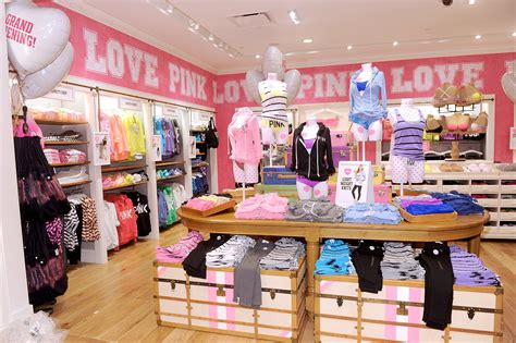 victorias secret pink shopping  mill basin  york