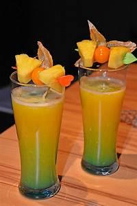 Cocktail Rezepte Alkoholfrei : cocktail fruit cup rezept mit bild von altbaerli ~ Frokenaadalensverden.com Haus und Dekorationen
