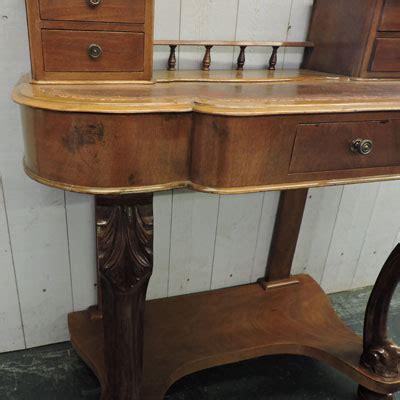bureau ancien dessus cuir les meubles antiquités brocante 62