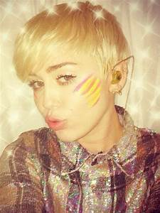 Miley Cyrus Rocks Face Paint In Between 39Bangerz39 UK Tour