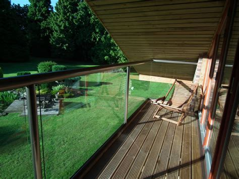 Self cleaning glass ? how it works   Specifier Review