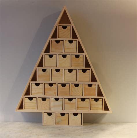 calendrier de l avent sapin en bois d 233 cor 233