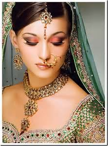 wedding eye makeup the indian bridal eye makeup india 39 s wedding exploring indian wedding trends