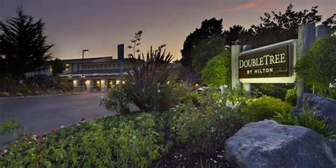 DoubleTree by Hilton Berkeley Marina Weddings Get Prices