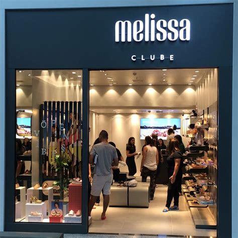 clube melissa ira inaugurar  primeira loja em brusque