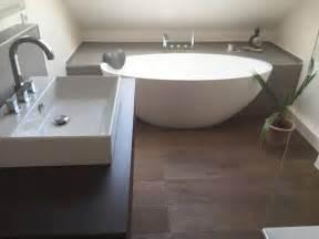 badezimmer ideen dachgeschoss über 1 000 ideen zu moderne badezimmer auf doppelwaschbecken badezimmer und