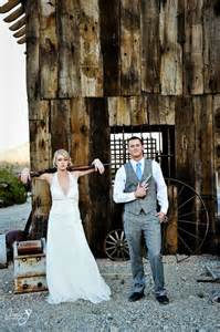 bonnie and clyde wedding theme 25 best ideas about gun wedding on camo wedding camo wedding bridesmaid and camo