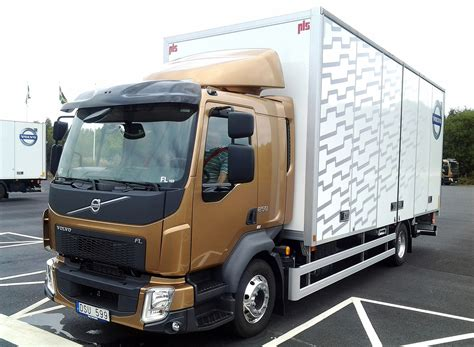 cost of new volvo truck volvo fl box truck escapes running of the bulls in new ad