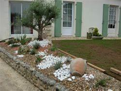 Déco Massif Avec Galets : deco exterieur jardin avec galets decoration led exterieur ~ Dailycaller-alerts.com Idées de Décoration
