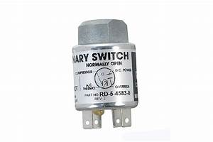 Trinary Pressure Switch With Female Fitting And 4 Terminal