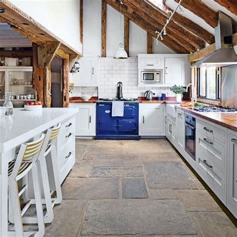 country kitchen floor tiles 15 charming country kitchen design ideas rilane 6063