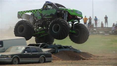 monster truck show austin tx texas heatwave 2009 monster trucks austin youtube