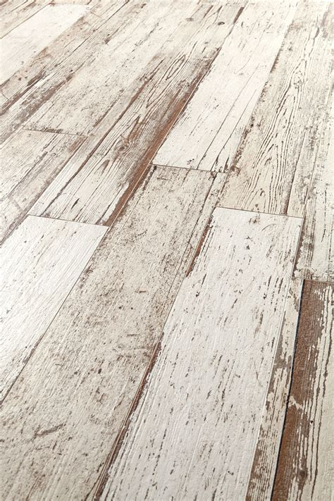 plank style porcelain tile wood look tile 17 distressed rustic modern ideas
