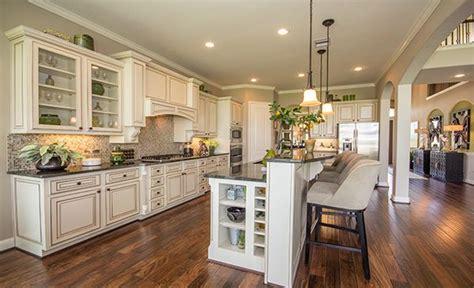 gourmet kitchen  village builders  lennar luxury