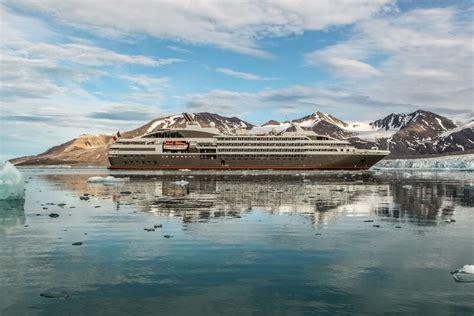 font bureau navire de croisière le boreal ponant
