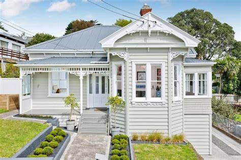 villa auckland new zealand bungalow villa or bungled villa house color schemes house