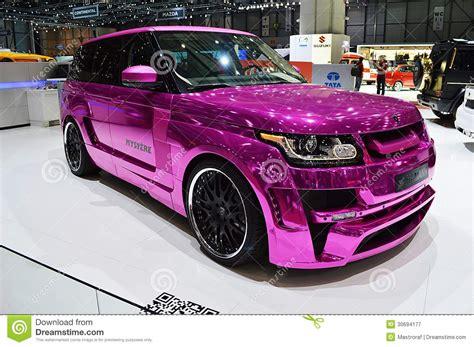 roze range rover redactionele fotografie afbeelding