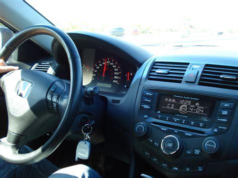 Honda Accord Ex 2003 Aux