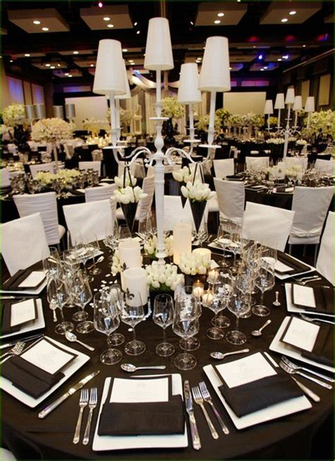 extensive white decorating table for 17 best ideas about modern wedding decor on pinterest