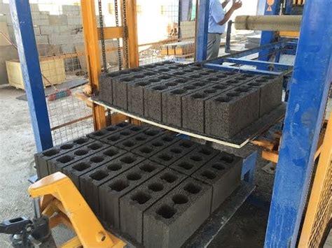 automatique qt10 15 machine de fabrication de brique bloc parpaing bordure pav 233 de ciment beton