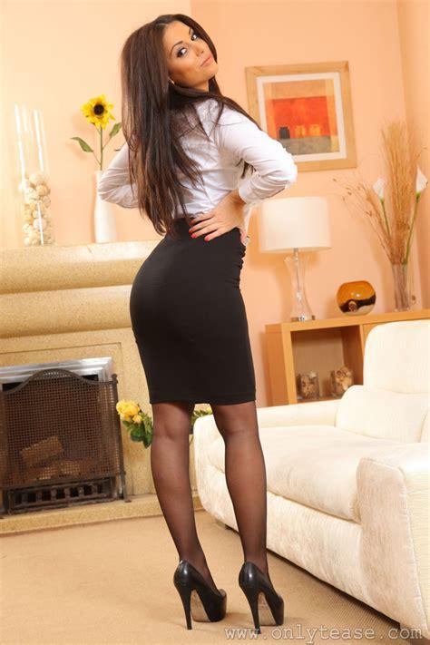 Charlotte Springer Stockings Garters