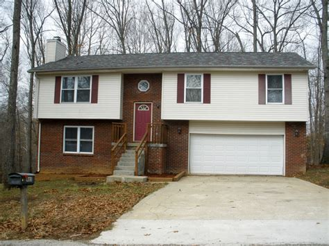 House For Rent In 465 Briarwood Lane  Bedford, In
