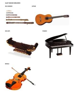 Alat musik melodis ialah perlengkapan musik yang bisa membunyikan melodi dalam lantunan lagu, tetapi pada biasanya tidak bisa memainkan kord secara sendirian. Pengertian Alat Musik Melodis Adalah, Ini Penjelasan Artinya