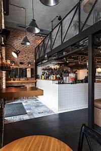 Industrial Style Shop : best 25 industrial cafe ideas on pinterest ~ Frokenaadalensverden.com Haus und Dekorationen