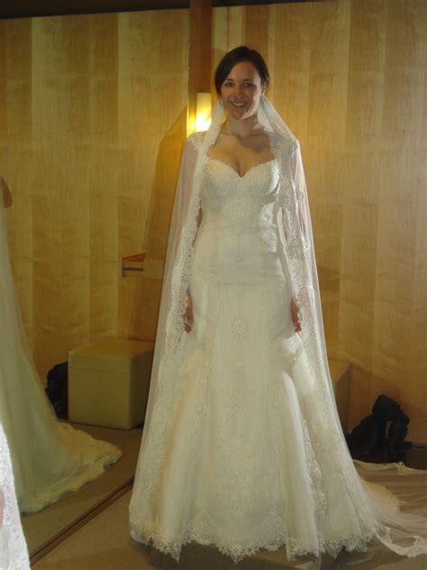 buying  wedding dress  spain  insiders spain