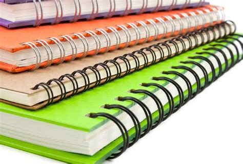 What's the Difference Between Wire and Spiral Binding?