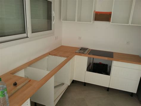 comment fixer un meuble de cuisine au mur fixer un plan de travail au mur 15 exceptional fixer