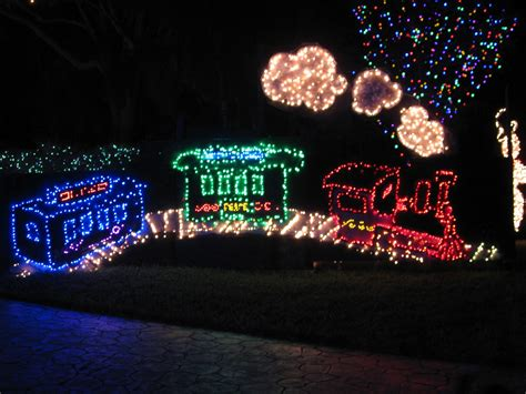 top 10 biggest outdoor christmas lights house decorations digsdigs