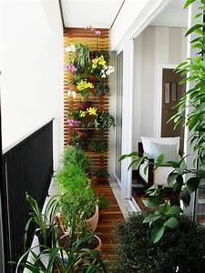 balkon idee einrichten With markise balkon mit 70 er jahre tapete