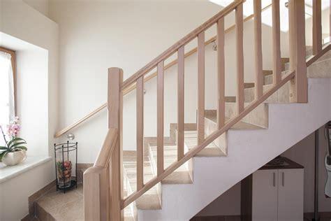 Treppengeländer Innen Holz Weiß by Treppengel 228 Nder Innen Holz Selber Bauen Bvrao