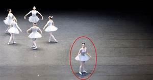 Wie Groß Ist Eine Normale Garage : ballettauff hrung mit einer sonderbaren choreographie sf globe ~ Yasmunasinghe.com Haus und Dekorationen