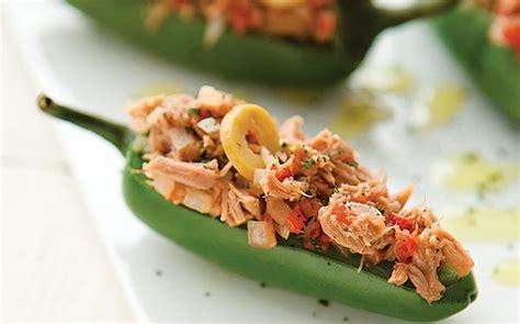 But the deli version is just ok, not bad but. Jalapeños rellenos de atún. Para botanear con los amigos disfruta de unos ricos chiles jalapeños ...