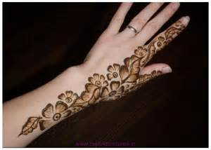 Beautiful Simple mehndi designs Free