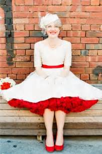 mormon wedding dresses 30 50 s retro theme ideas weddingomania