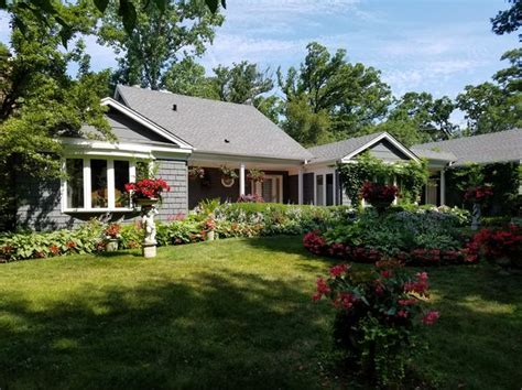 Homes Lake Forest by Lake Forest Real Estate Lake Forest Il Homes For Sale