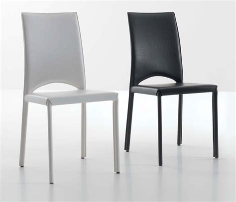 chaises de cuisine blanches chaises cuisine blanches conforama table de cuisine et
