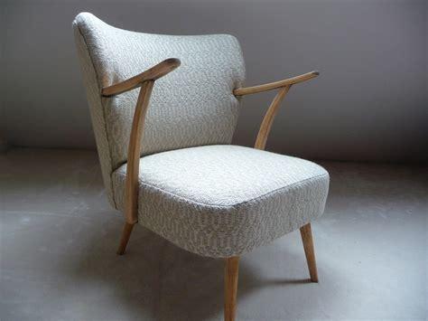fauteuil cocktail vintage 233 e 50 avec accoudoirs meubles et rangements par caroline courroy