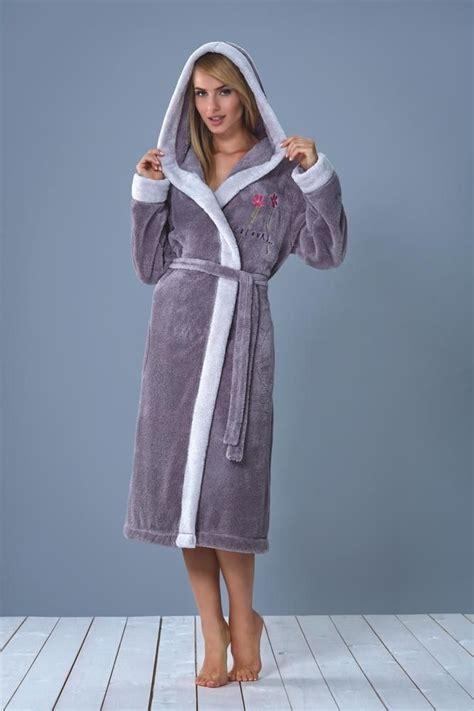 robe de chambre longue femme les 25 meilleures idées de la catégorie peignoir polaire