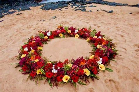 wedding florals leis flower circles ancient hawaiian