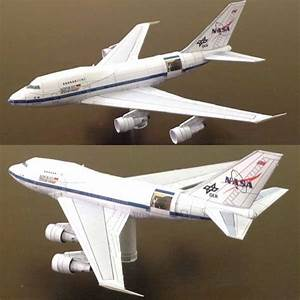 This aircraft paper model is a Boeing B-747SP DLR Sofia ...