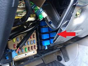 2000 Legacy Whats The Blue Connector In Fuse Box   48