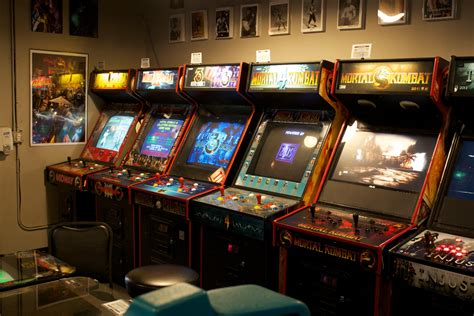 A Visit To Galloping Ghost, The Largest Video Game Arcade