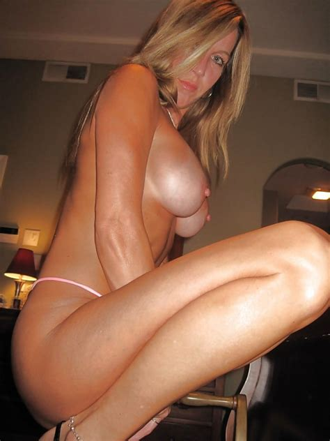 Perfect Milf With Big Tits Masturbates 21 Pics Xhamster