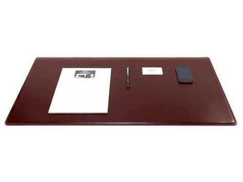 sous en cuir pour bureau grand sous de bureau en cuir marron 80 cm par 50 cm