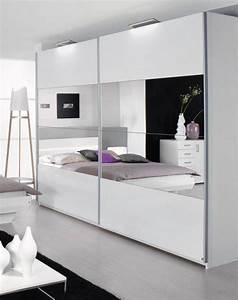 Schwebetürenschrank Weiß Hochglanz : tassilo schwebet renschrank weiss hochglanz 181 cm mit spiegel ~ Orissabook.com Haus und Dekorationen